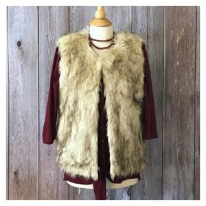 Glamsia Faux Fur Luxurious Vest